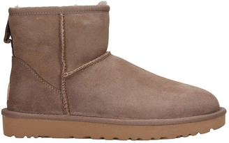 UGG Mini Classic Low Heels Ankle Boots In Taupe Suede