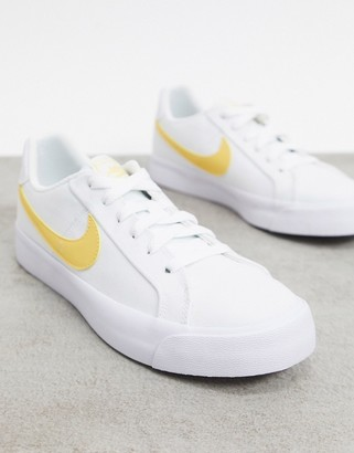Nike Court Royale AC Canvas in white