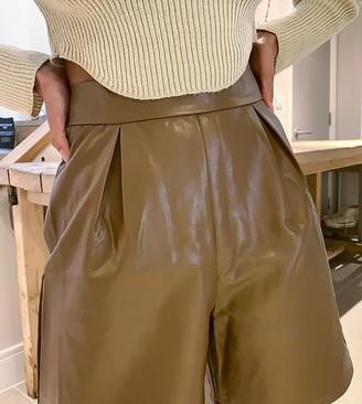 NaaNaa Petite faux leather bermuda shorts in tan