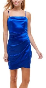 Emerald Sundae Juniors' Ruched Asymmetric Bodycon Dress