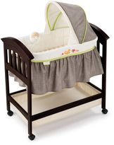 Summer Infant Classic Comfort Fox & Friends Wood Bassinet