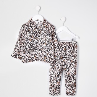 River Island Mini girls Brown leopard print satin pyjamas