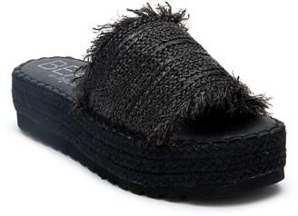 BEACH BY MATISSE Seashell Women's Espadrille Platform Slide Sandals