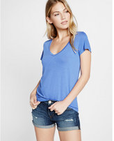 Express v-neck skimming tee