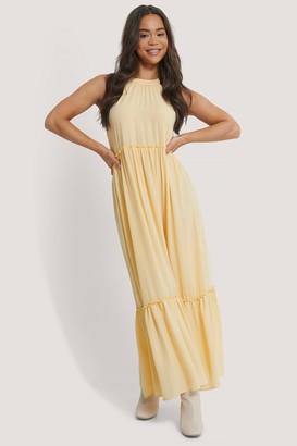 NA-KD Flowy Frill Maxi Dress