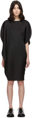 Pleats Please Issey Miyake Black Curved Pleats Dress
