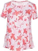 Stefanel T-shirts