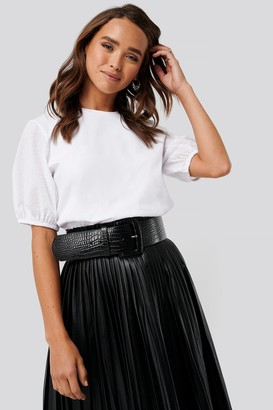 NA-KD Oversized Detailed Sleeve Top