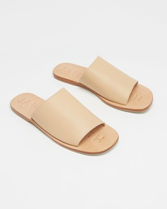 James Smith JAMES | SMITH - Women's Neutrals Flat Sandals - Off Duty Slides - Size 36 at The Iconic