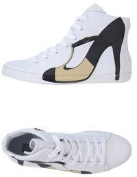 OLO High-top sneakers