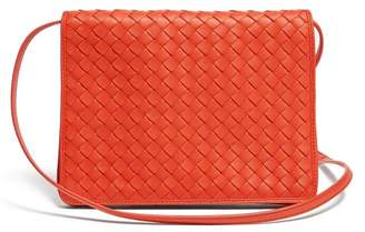 Bottega Veneta Intrecciato-woven Leather Cross-body Bag - Womens - Red