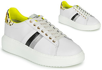 Serafini J CONNORS women's Shoes (Trainers) in White
