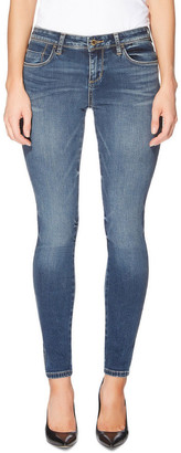GUESS Max Stretch Low Rise Skinny