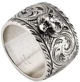 Gucci Wide silver ring with feline head