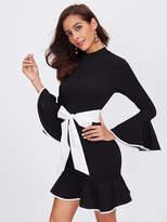Shein Contrast Binding And Belt Ruffle Dress