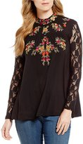 Cupio Floral Embroidered Lace Blouse