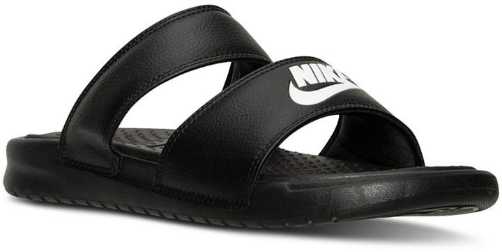 nike sandals womens with straps