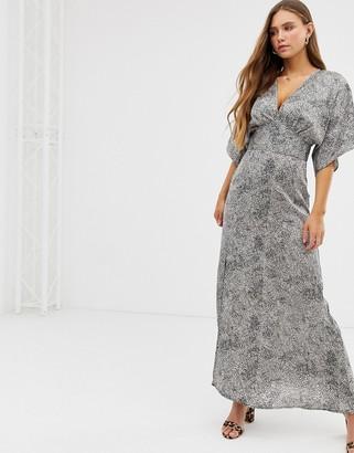Asos Qed London QED London kimono maxi dress-Multi