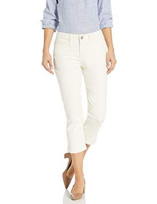 Lee Women's Legendary Regular Fit 5 Pocket Capri Jean