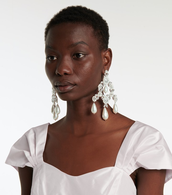 Thumbnail for your product : Simone Rocha Faux pearl and crystal-embellished earrings