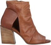 Thumbnail for your product : Elena Iachi Ankle boots