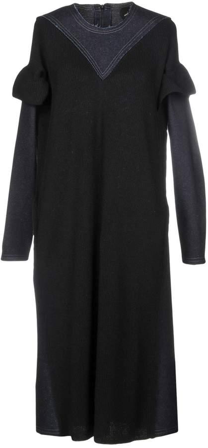 Manostorti Knee-length dresses
