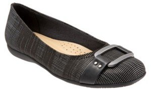 Trotters Sizzle Signature Flat Women's Shoes