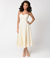 Vintage 1950s Ivory Cream Strapless Sweetheart Lace Tea Dress