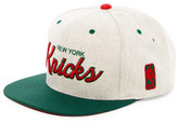 Mitchell & Ness Knicks Brushed Heather Holiday Snapback