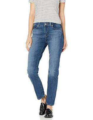 Levi's Women's Classic Straight Jeans