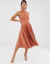 Closet London Closet pleated skirt midi dress in rust