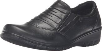 Easy Street Shoes Women's Proctor Flat