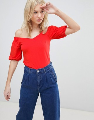 Vero Moda Off Shoulder Top With Full Sleeve-Red