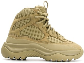 Yeezy Desert boot sneakers