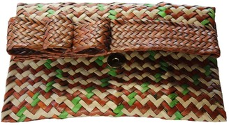 Bow Palm Clutch - Cocoa & Sage