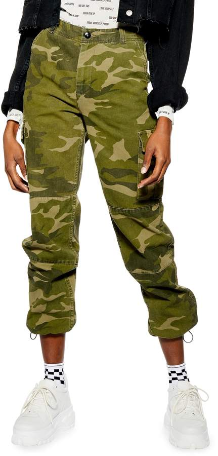 Topshop Frida Cropped Camouflage Trousers