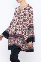 En Creme Berry Floral Tapestry Top