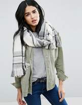 Pieces Long Checked Scarf In Cream And Black