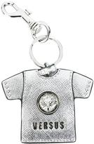Versus T-shirt keyring - men - Calf Leather/Nickel - One Size