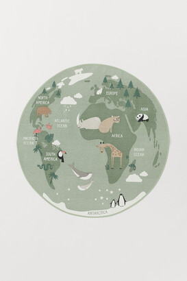 H&M World map round cotton rug