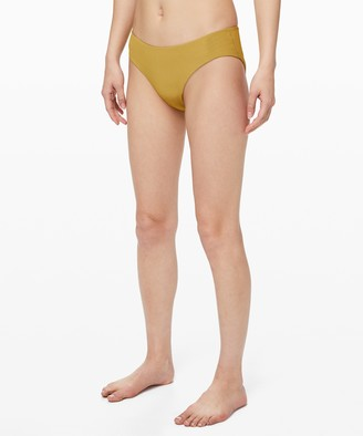 Lululemon Clear Waters Mid-Rise Med Bottom