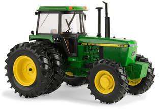 Tomy John Deere 1/16 Scale 4255 Tractor
