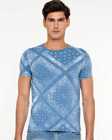 Le Château Bandana Print Slim Fit T-shirt