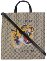 Gucci Tiger print GG Supreme tote - men - Leather - One Size