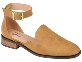 Journee Collection Loreta Flat