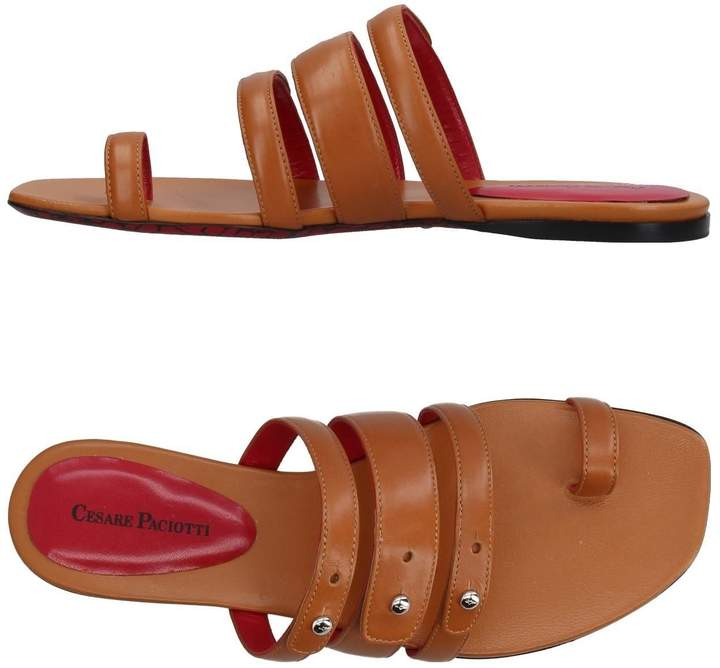 Cesare Paciotti Toe strap sandals - Item 11385536GR