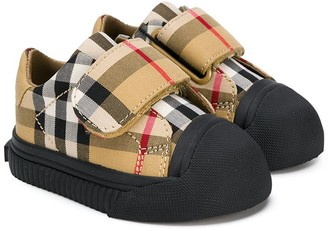 BURBERRY KIDS Check-Print Touch Strap Sneakers