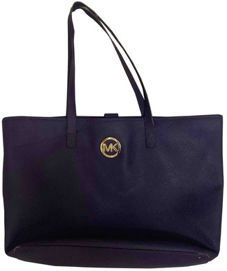 Michael Kors Purple Patent leather Handbags