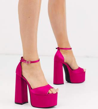 Asos Design DESIGN Wide Fit Wheeler chunky platform heeled sandals in magenta-Pink