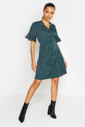 boohoo Woven Button Through Flutter Sleeve Shift Dress